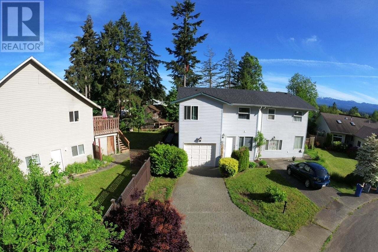 Townhouse for sale at 276 Nim Nim  Unit A Courtenay British Columbia - MLS: 837636