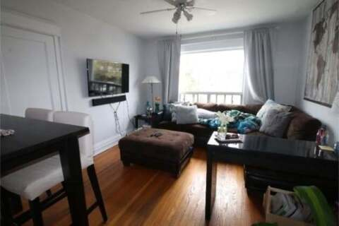 Townhouse for rent at 449 Manor Rd Unit A Toronto Ontario - MLS: C4759271