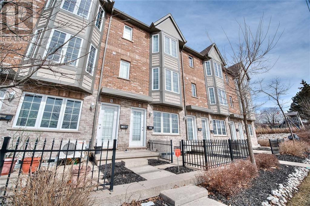 Townhouse for sale at 754 Bleams Rd Unit A Kitchener Ontario - MLS: 30798724