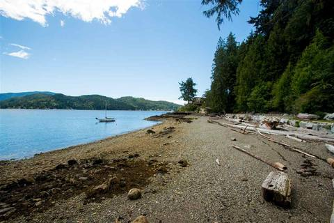 House for sale at 996 Marine Dr Unit A Gibsons British Columbia - MLS: R2338242