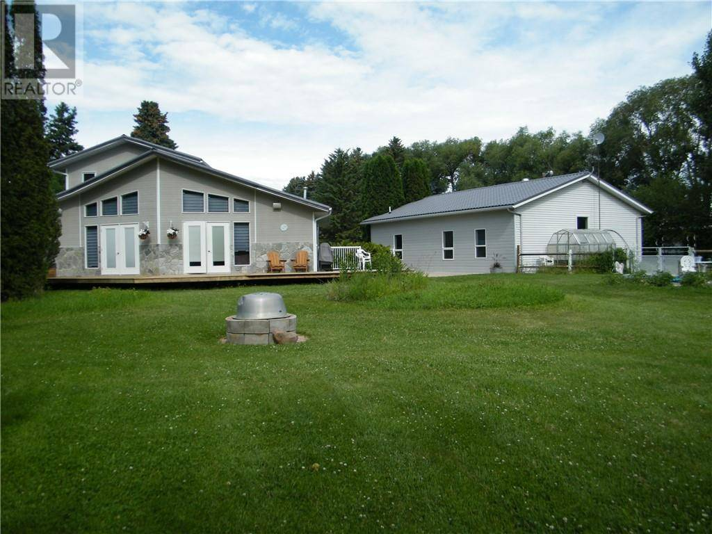 House for sale at  A & B Rr142  Rural Newell County Alberta - MLS: sc0173063