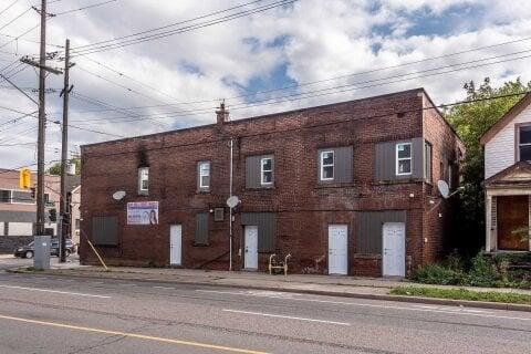 Townhouse for rent at 104 Beach Rd Unit B Hamilton Ontario - MLS: X5001699