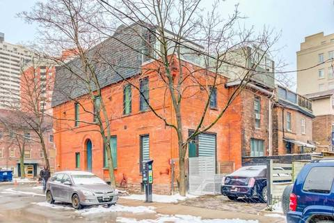 Townhouse for rent at 115 Maitland St Unit B Toronto Ontario - MLS: C4694465
