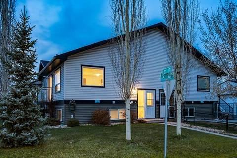 Townhouse for sale at 134 5 Ave Unit B Strathmore Alberta - MLS: C4289191