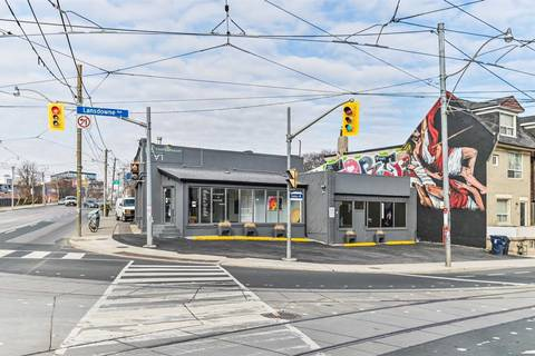 Commercial property for lease at 1756 Dundas St Apartment B Toronto Ontario - MLS: C4726855