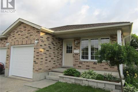 House for sale at 201 Springfield Cres Unit B Waterloo Ontario - MLS: 30745797