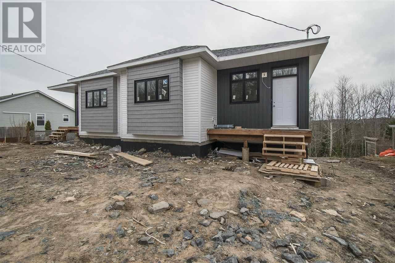House for sale at 28 Kaye St Unit B Lower Sackville Nova Scotia - MLS: 202002391