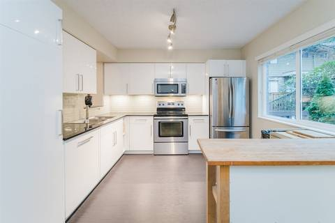 Townhouse for sale at 323 Evergreen Dr Unit B Port Moody British Columbia - MLS: R2425936
