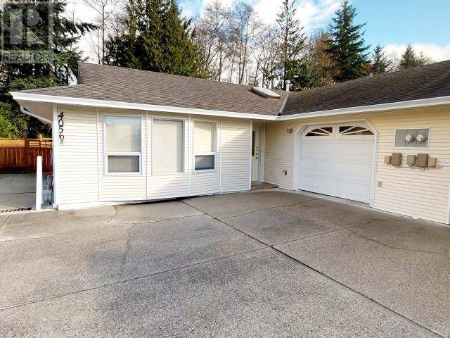 Townhouse for sale at  Savary Pl Unit B-4056 Powell River British Columbia - MLS: 14714