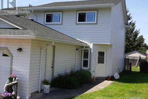 Townhouse for sale at  Valecourt Cres Unit B-4665 Courtenay British Columbia - MLS: 456122