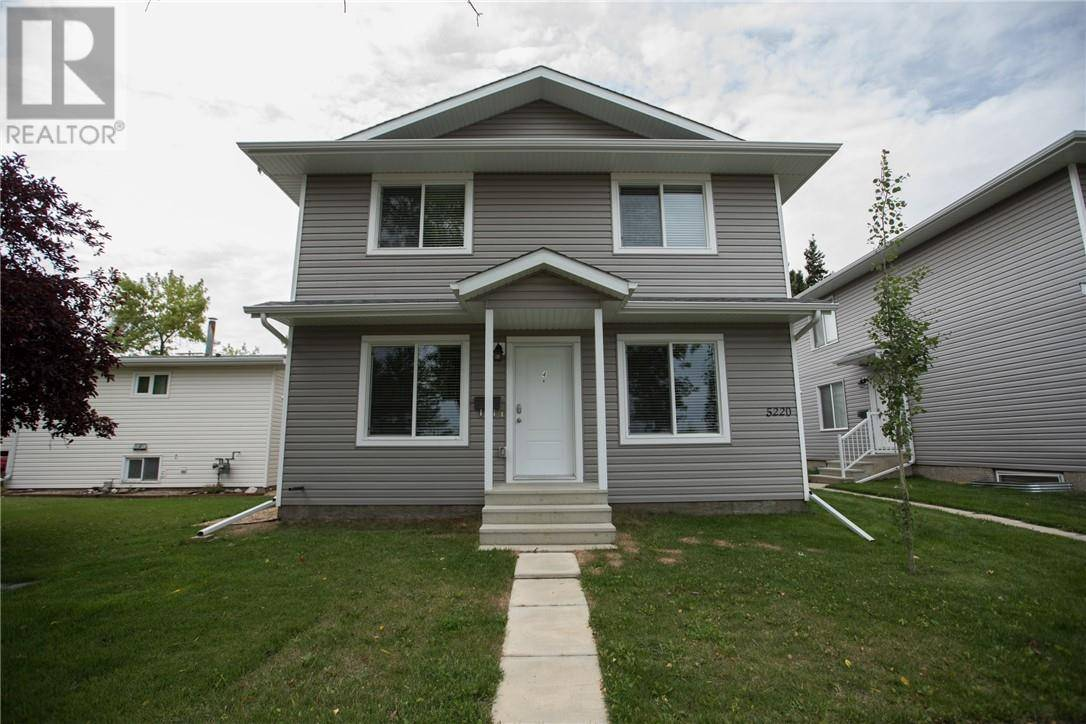 Townhouse for sale at 5220 41 St Unit B Camrose Alberta - MLS: ca0177282