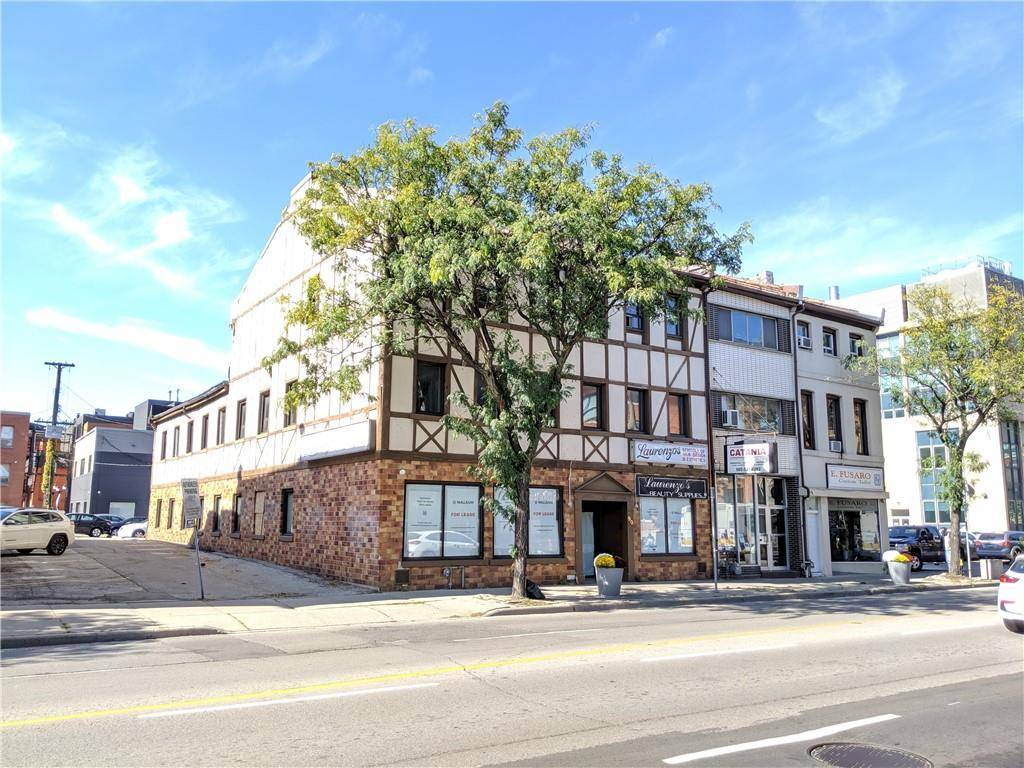 Commercial property for lease at 90 John St S Apartment B Hamilton Ontario - MLS: H4065517