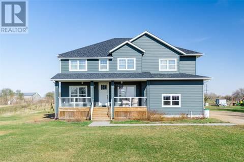 House for sale at  Baker Acreage  Dundurn Rm No. 314 Saskatchewan - MLS: SK768309