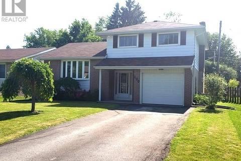 House for sale at  Barrett Blvd Blvd Greater Napanee Ontario - MLS: K19004183