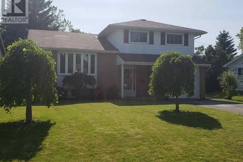 House for sale at  Barrett Blvd  Greater Napanee Ontario - MLS: K19004183