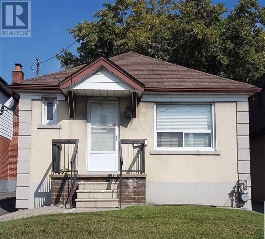Removed: Basement - 276 The Queensway, Toronto, ON - Removed on 2019-12-13 04:45:22