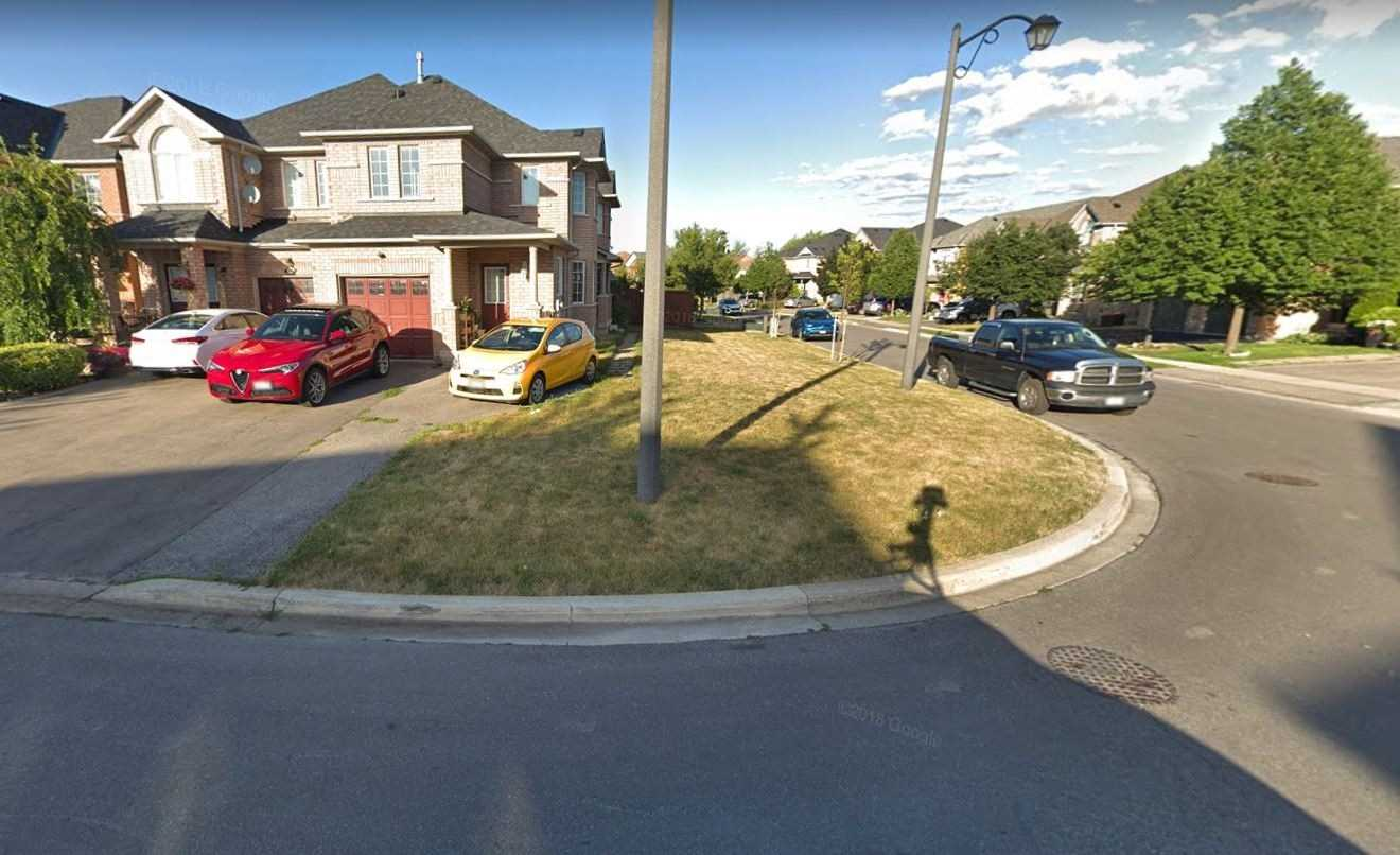 For Rent: Basemnt - 66 Echo Ridge Crescent, Vaughan, ON   2 Bed, 1 Bath Townhouse for $1450.00. See 11 photos!