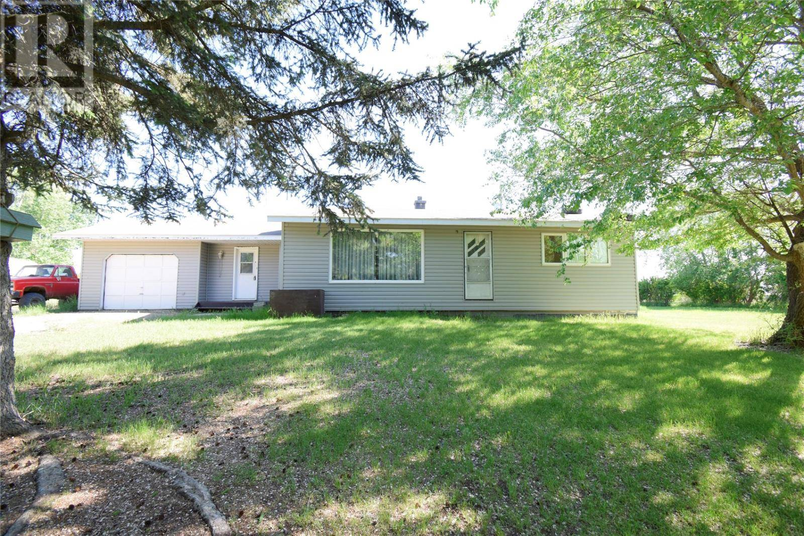 House for sale at  Betts Acreage  Reciprocity Rm No. 32 Saskatchewan - MLS: SK754904