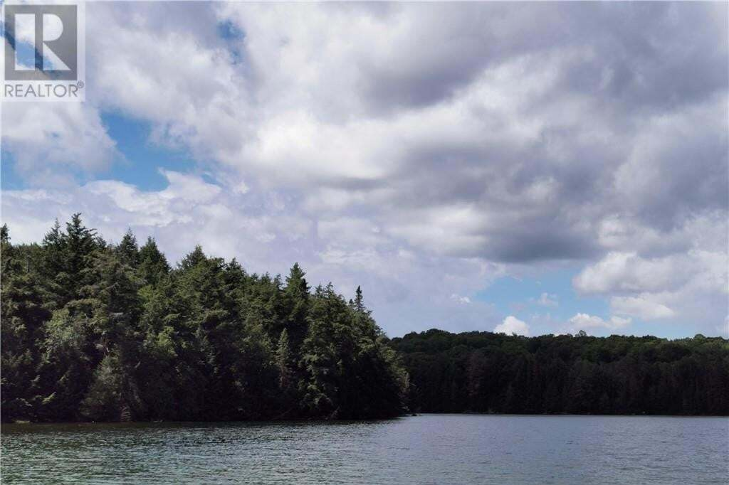 Residential property for sale at BILLY Bear Rd Lake Of Bays (twp) Ontario - MLS: 278237