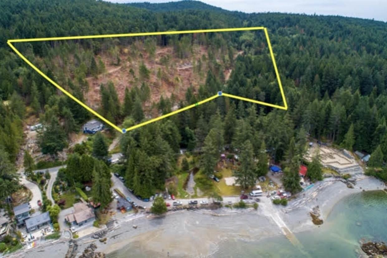 Residential property for sale at Block-A Priestland Rd Halfmoon Bay British Columbia - MLS: R2514046