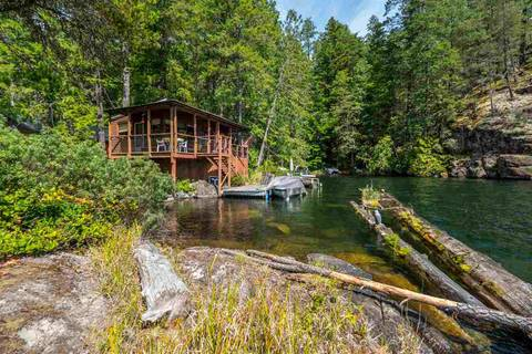 Home for sale at Block E Sakinaw Lk Pender Harbour British Columbia - MLS: R2398230
