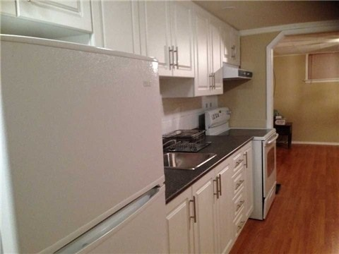 For Rent: 173 North Carson Street, Toronto, ON | 1 Bed, 1 Bath House for $1,250. See 7 photos!