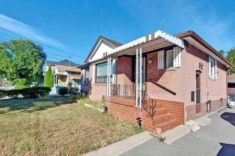 House for rent at 401 Burnhamthorpe Rd Unit Bsmt Toronto Ontario - MLS: W4923894