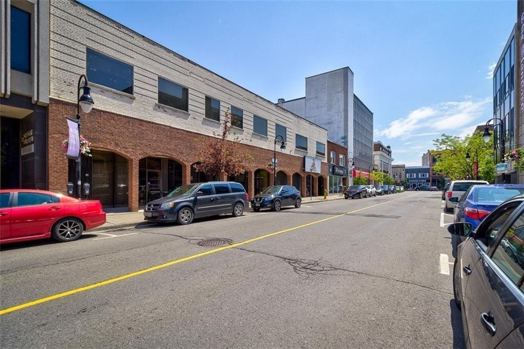 Commercial property for lease at 14 Queen St Apartment C St. Catharines Ontario - MLS: H4093938