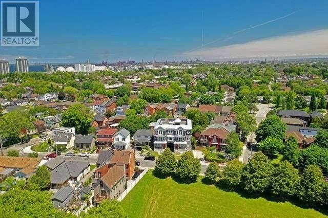 Condo for sale at 366 Bay St North Unit C Hamilton Ontario - MLS: X4608634