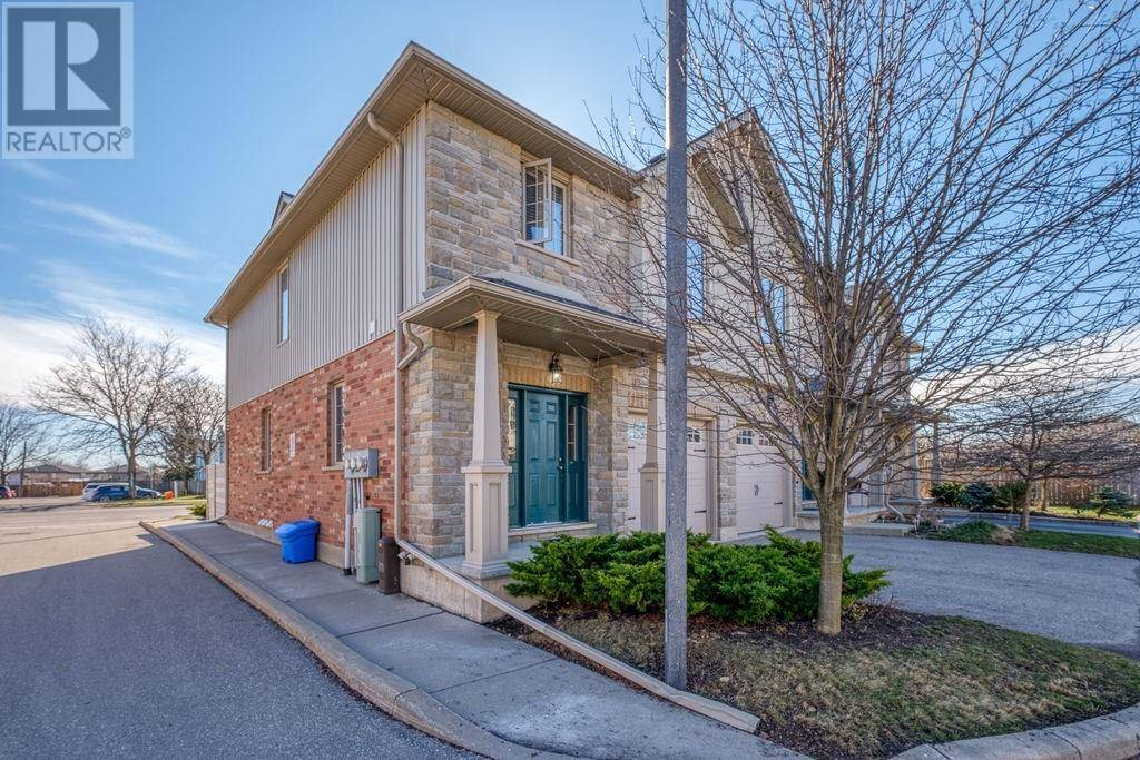 Townhouse for sale at 12 Brantwood Park Rd Unit C3 Brantford Ontario - MLS: 30800998
