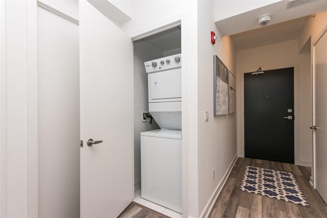 Apartment for rent at 5260 Dundas St Unit C323 Burlington Ontario - MLS: H4093393