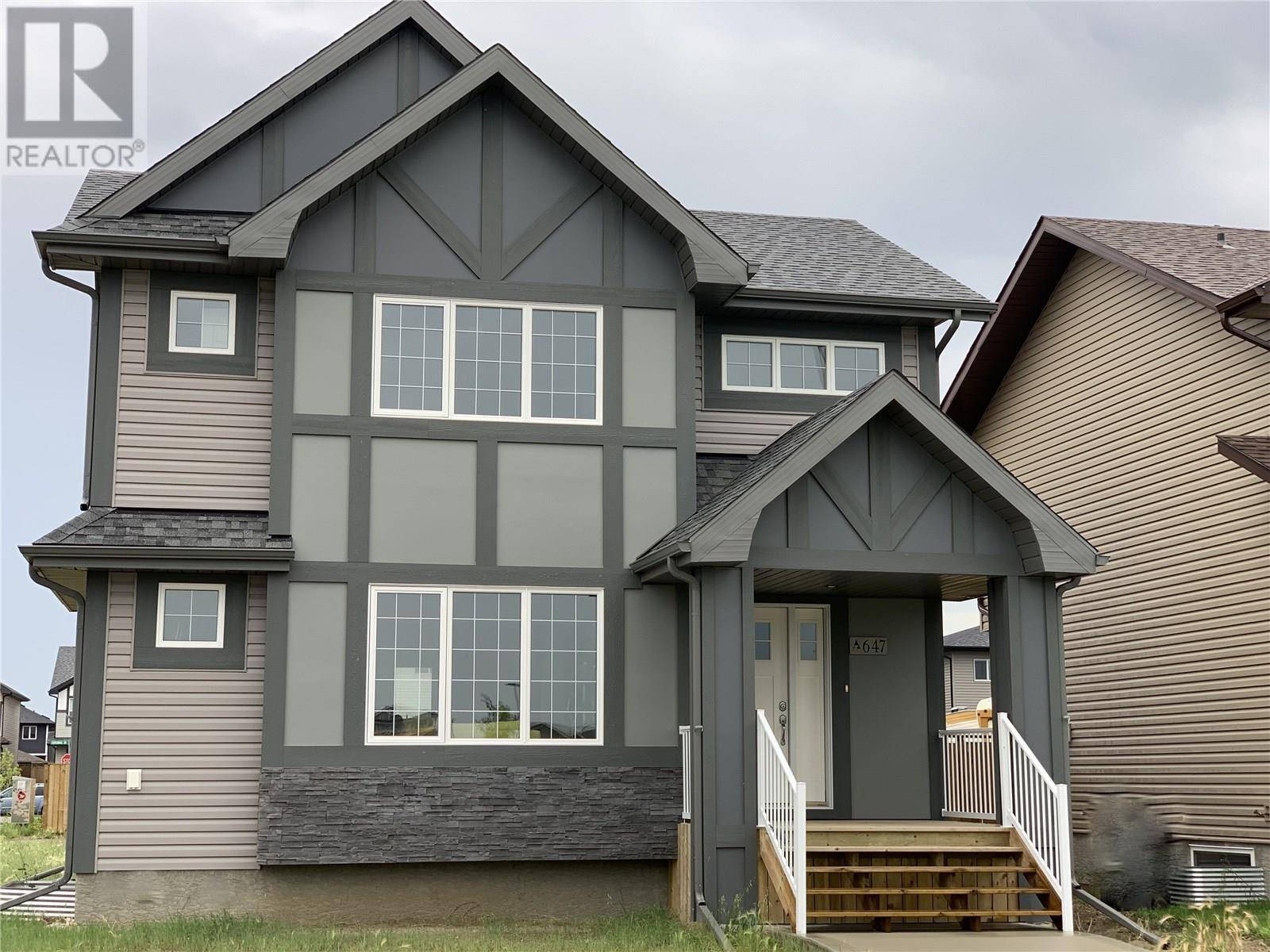 House for sale at  Childers Bnd  Saskatoon Saskatchewan - MLS: SK778270