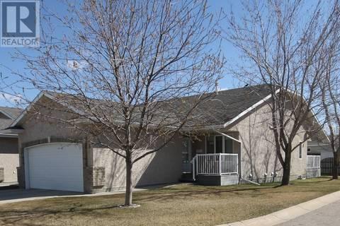 Townhouse for sale at  Crystal Villa  Warman Saskatchewan - MLS: SK768679