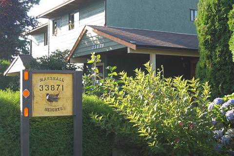 Townhouse for sale at 33871 Marshall Rd Unit D Abbotsford British Columbia - MLS: R2443886