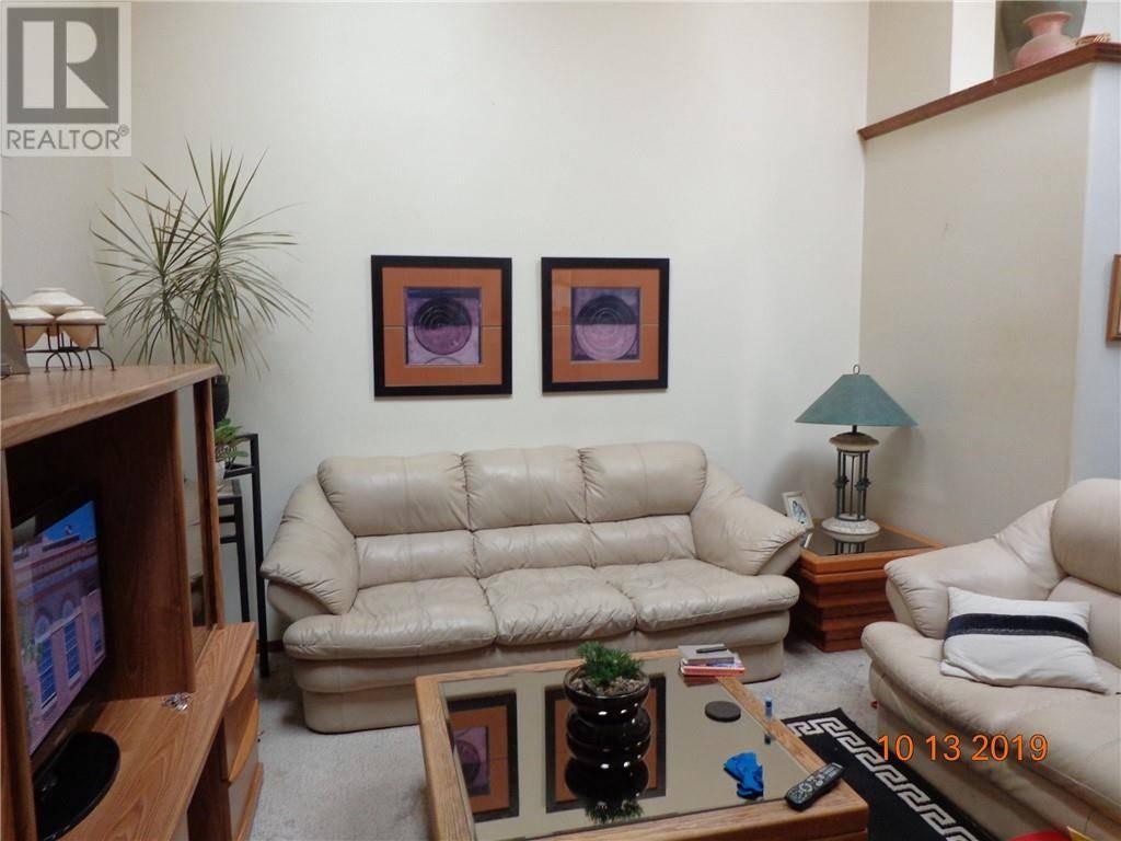 D - 3818 47 Street, Red Deer   Image 2