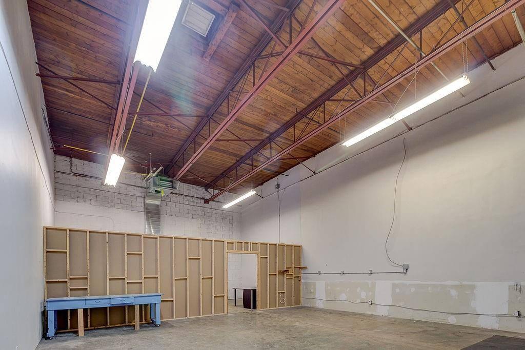 Home for rent at 111 Sherwood Dr Unit D23 Brantford Ontario - MLS: H4071584