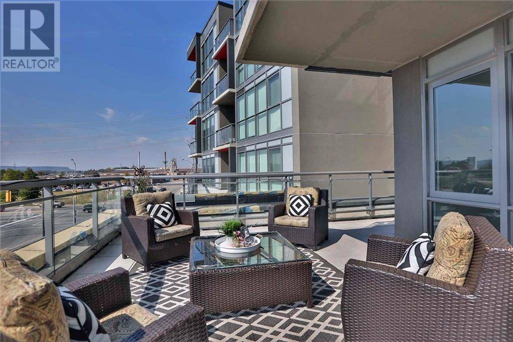 Condo for sale at 5220 Dundas St Unit D322 Burlington Ontario - MLS: 30797302