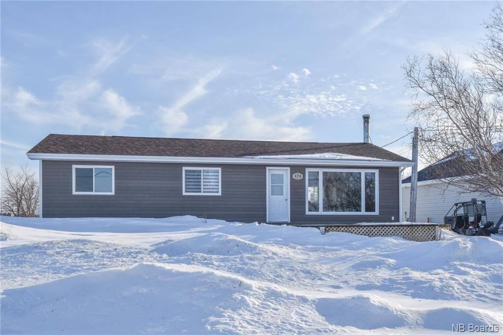 House for sale at  De L'ile  Caraquet New Brunswick - MLS: NB041261