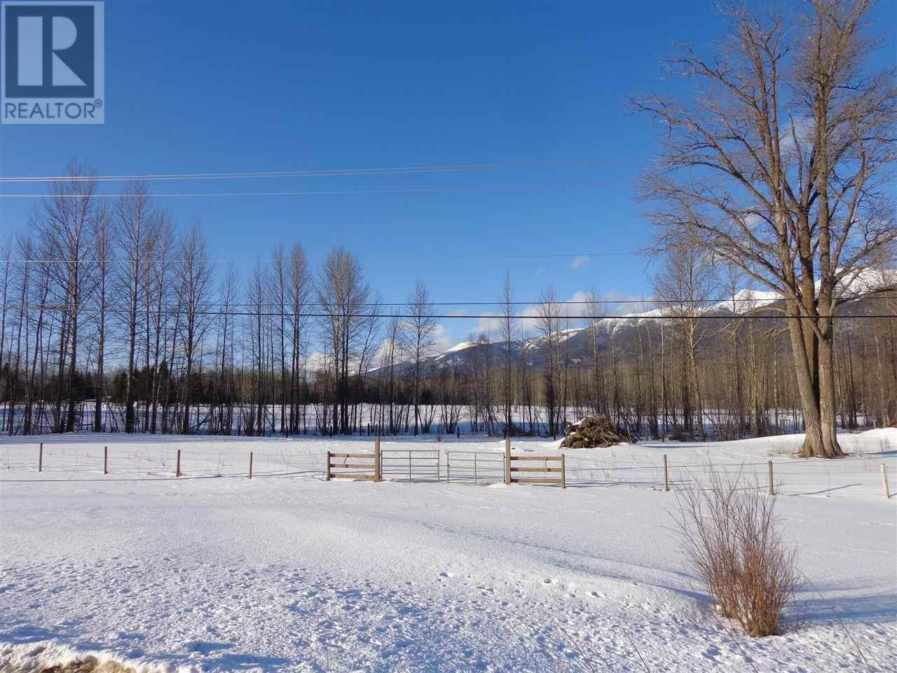 Home for sale at 3330 16 Hy Unit Dl Mcbride British Columbia - MLS: R2438514