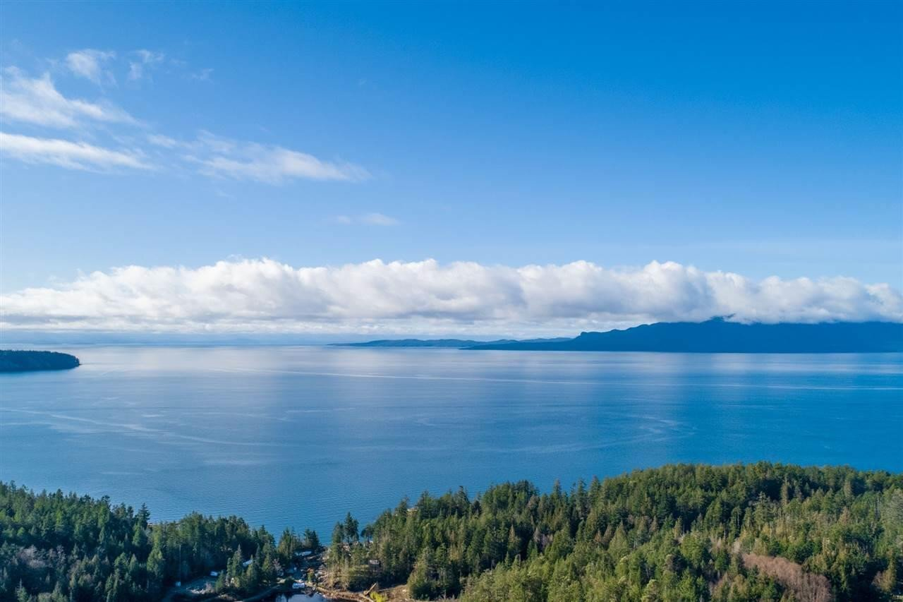 Residential property for sale at DL 6233 Woodbay Ridge Rd Halfmoon Bay British Columbia - MLS: R2516591