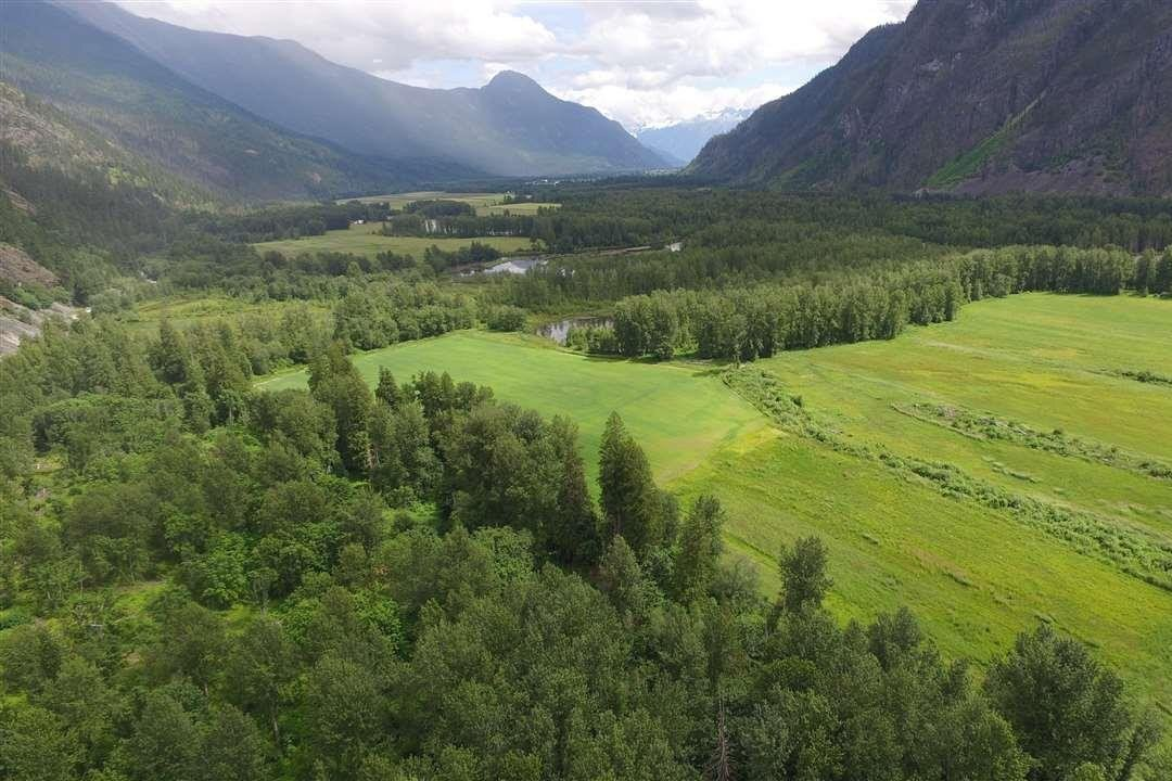 Residential property for sale at DL 821 Upper Lillooet Forest Service Rd Pemberton British Columbia - MLS: R2509698