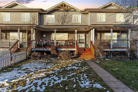 Townhouse for sale at 42 Green Meadow Cres Unit E Strathmore Alberta - MLS: C4277778