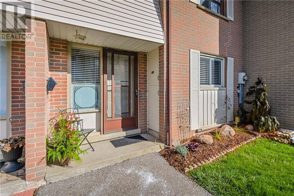 Townhouse for sale at 527 Woodlawn Rd East Unit E12 Guelph Ontario - MLS: 30776908