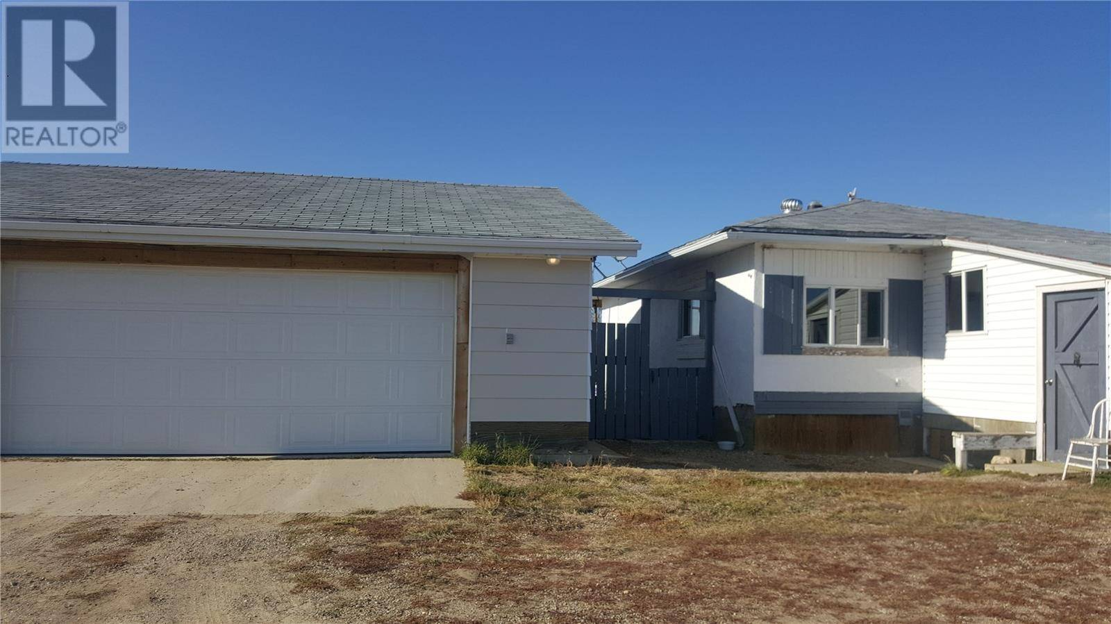 House for sale at  Furseth Acreage  Swift Current Rm No. 137 Saskatchewan - MLS: SK790369