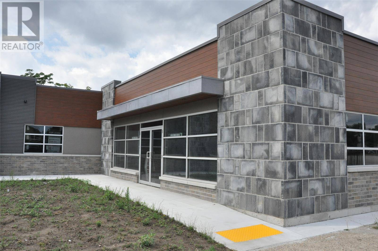 Commercial property for lease at 460 Erie St East Apartment G Windsor Ontario - MLS: 19023784