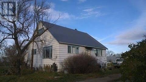 House for sale at  Glazier Acreage  Estevan Rm No. 5 Saskatchewan - MLS: SK777277