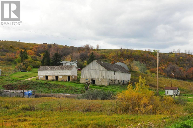House for sale at  Griffiths Acreage  Lumsden Rm No. 189 Saskatchewan - MLS: SK788543