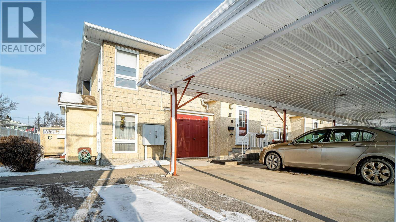 Condo for sale at 279 Hochelaga St E Unit H Moose Jaw Saskatchewan - MLS: SK795373