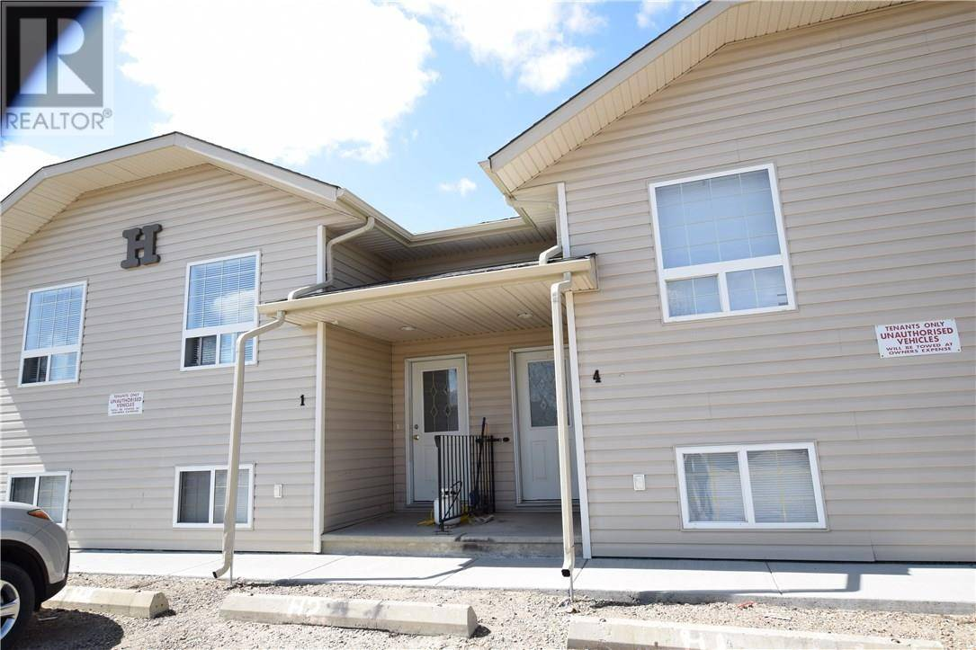 Townhouse for sale at 104 Upland Tr Unit H1-4 Brooks Alberta - MLS: sc0171074