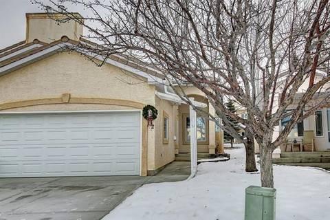 Townhouse for sale at 132 Scimitar Heath Northwest Unit He Calgary Alberta - MLS: C4282674